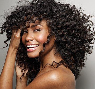 Corte para cabelos cacheados