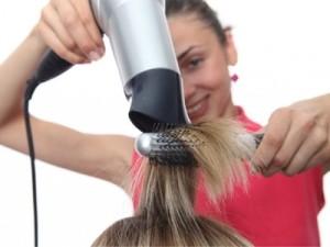 como fazer escova no cabelo